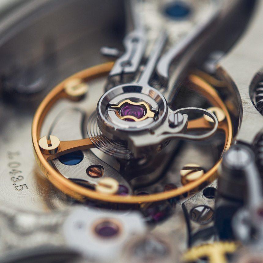 A-Lange-Sohne-Zeitwerk-Minute-Repeater-aBlogtoWatch-3[1]
