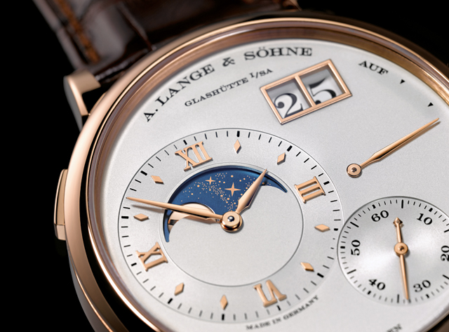 Grand_Lange_1_Moonphase_cut[1]