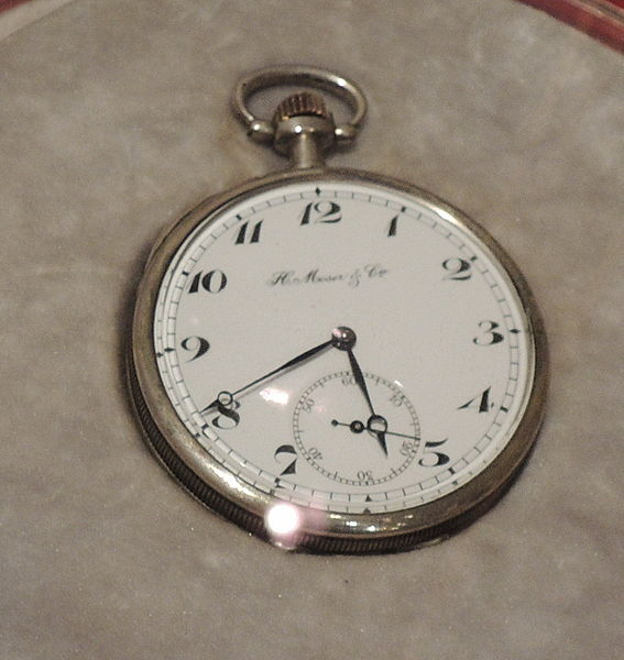Lenin's_watches_(Moser,_1900s,_GIM)_01_by_shakko