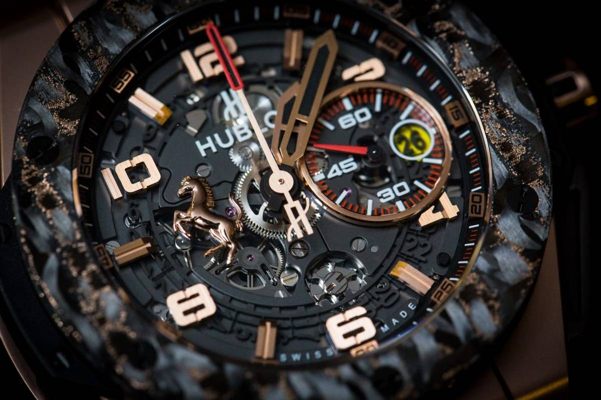 hublot big bang ferrari titan carbon into the details. Black Bedroom Furniture Sets. Home Design Ideas