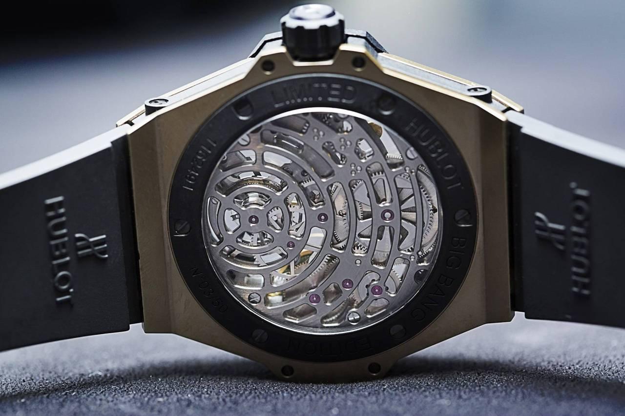 Hublot-Big-Bang-Tourbillon-5-day-Power-Reserve-Indicator-Full-Magic-Gold-watch-baselworld-2015-in-king-gold-back